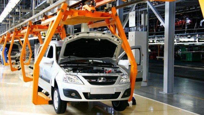 Коронавирус угрожает остановить автомобильное производство в России