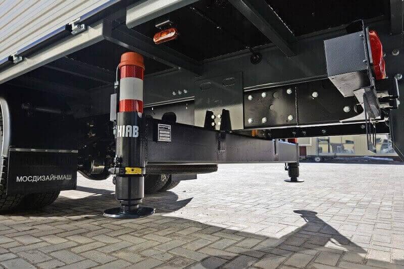 Аутригеры для кранов и манипуляторов: гидравлические опоры, подкладки под лапы, установка аутригеров автокрана