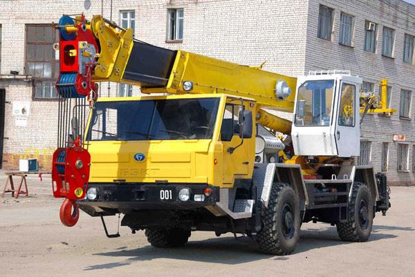 Автокран КС-59712 Ивановец: технические характеристики, грузоподъемность, описание, длина стрелы
