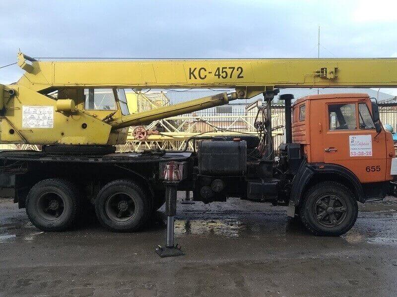 """Автокран КС-4572 и КС-4572А """"Галичанин"""": технические характеристики, грузоподъемность, особенности"""