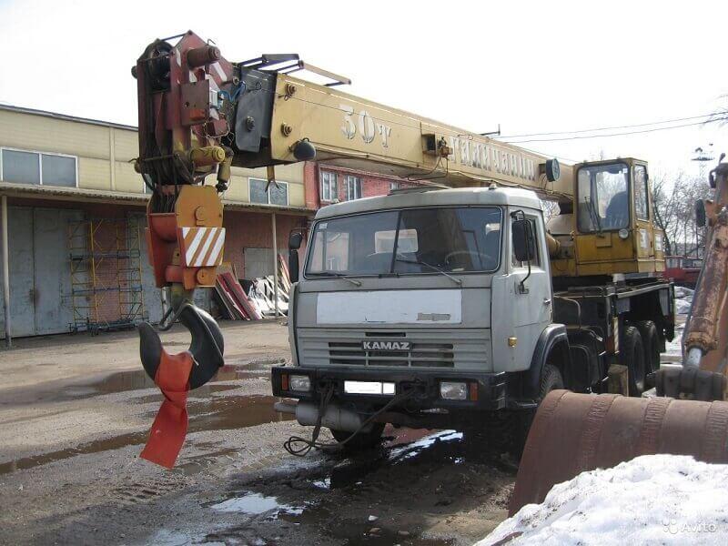 Автокран КС-55715 и его модификации: технические характеристики, описание, конструкция