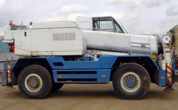"Автокран СТ-2-2-40 ""Сокол"": технические характеристики, особенности, вес, длина стрелы, фото"